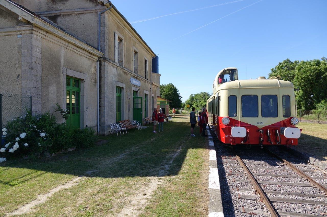 La gare de Montmirail a désormais fière allure.