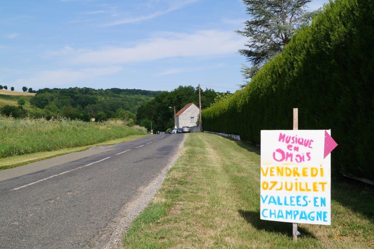 Pour se rendre à Vallées-en-Champagne, il suffisait de suivre les panneaux !