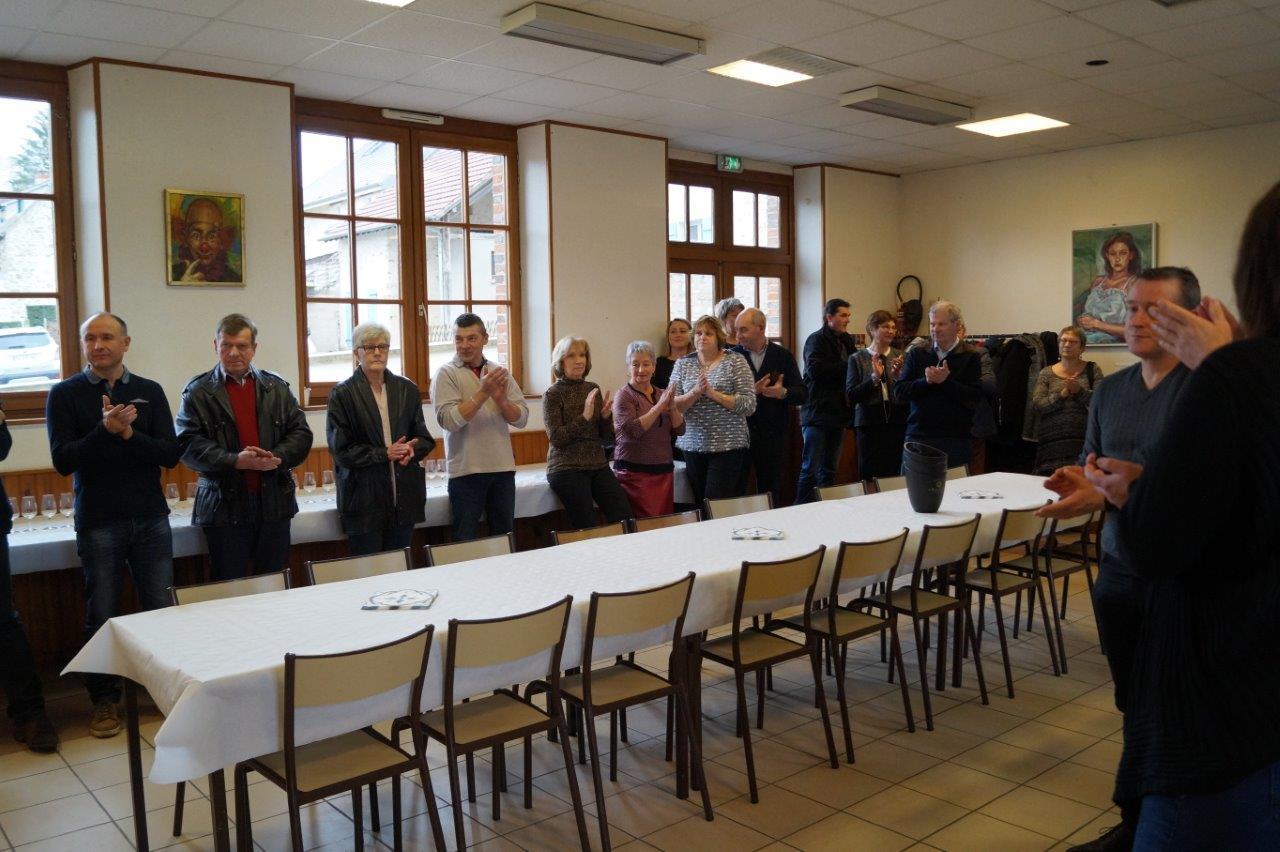 Une quarantaine de vignerons et amis se retrouvent dans la salle des fêtes de La Chapelle-Monthodon pour fêter Saint-Vincent.