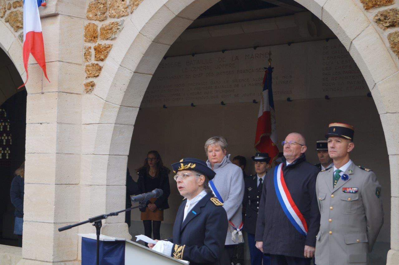 Odile Bureau est la sous-préfète de l'arrondissement d'Epernay dans le département de la Marne.