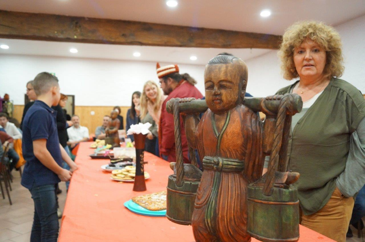 Plusieurs participants sont en lice pour le traditionnel concours de gâteaux.