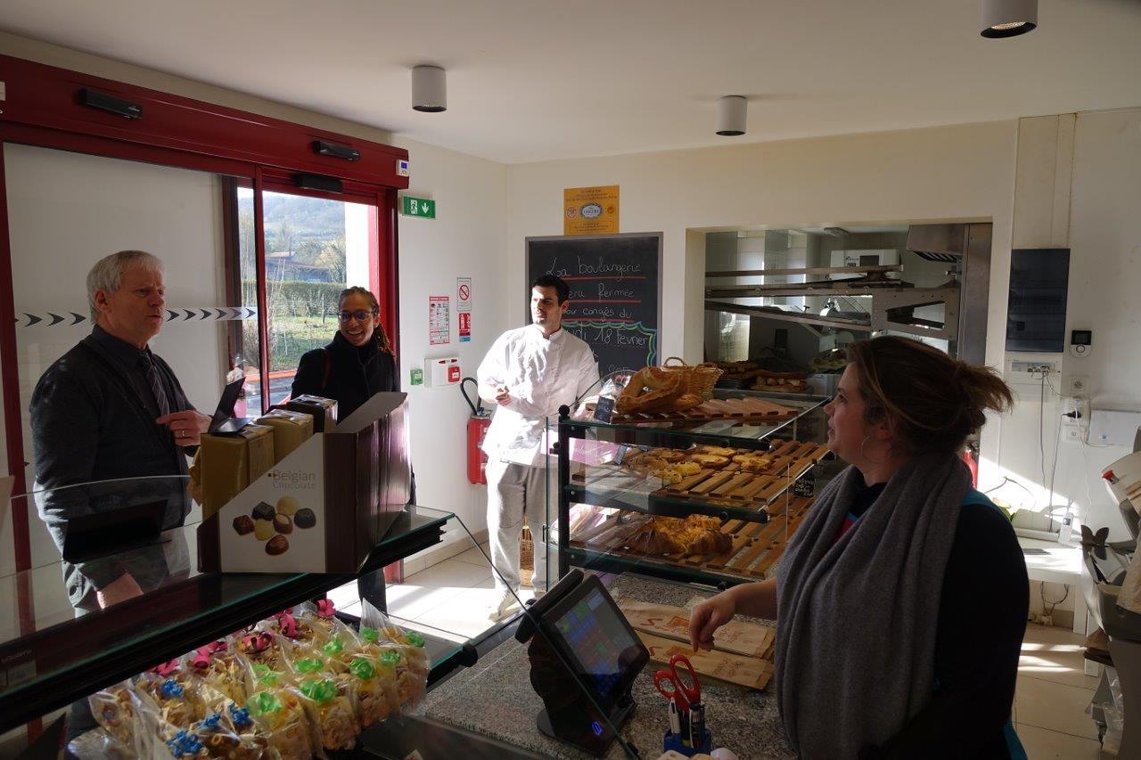 La boulangerie-pâtisserie fonctionne depuis le 17 février 2016...