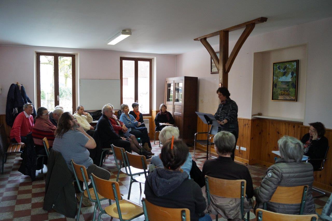 15 participants ont investi la mairie de Saint-Agnan.