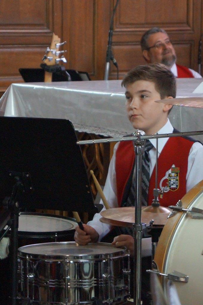 L'orchestre d'harmonie et la batterie fanfare de Suippes ont enthousiasmé le public...