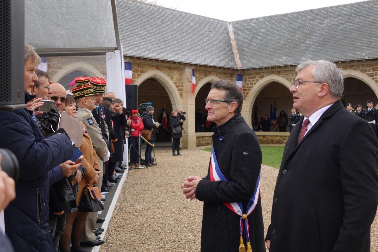 De gauche à droite : Michel Courteaux, maire de Dormans et Christian Bruyen, ancien maire de Dormans, et président du Conseil départemental de la Marne..