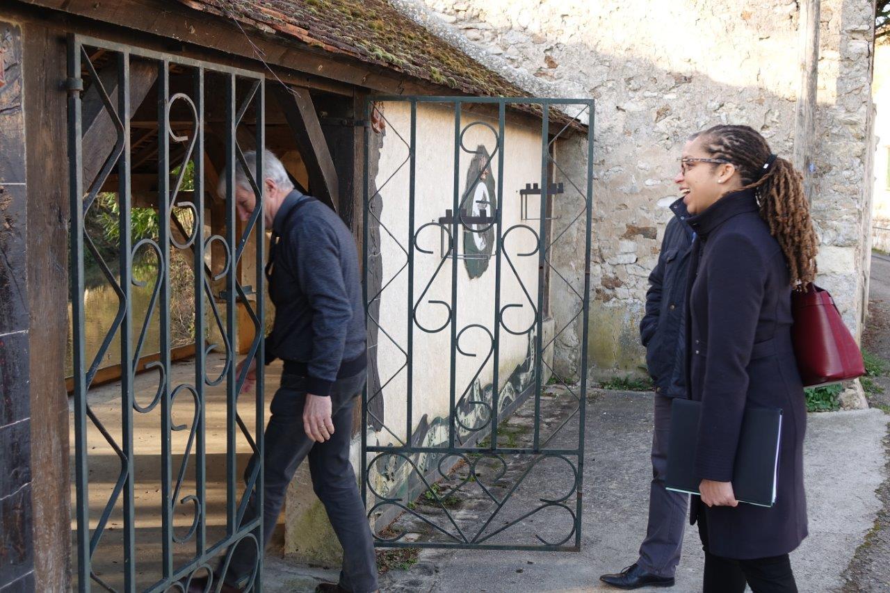 """Le lavoir de Condé-en-Brie faisait partie de """"Fabulis"""", le défunt parc autour des fables de Jean de La Fontaine créé en 2002 et regroupant une quarantaine de communes du Sud de l'Aisne."""