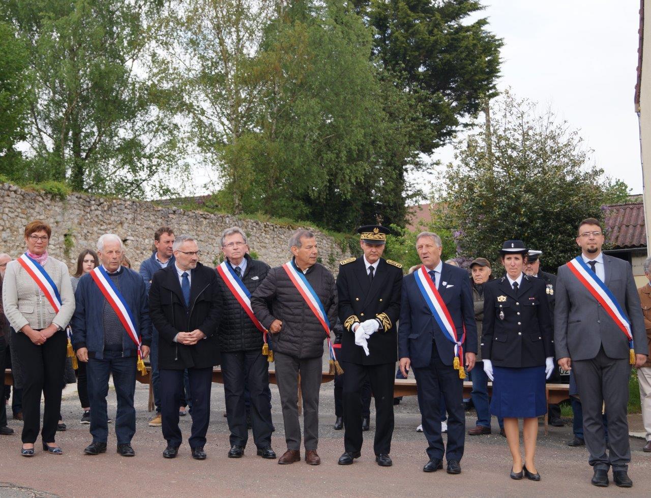 De gauche à droite : Jacqueline Picart, Claude Picart, Dominique Moyse, Daniel Girardin, Bruno Lahouati, Ronan Léaustic, Jacques Krabal, Daphnée Texier et Olivier Casside.