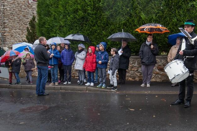 A l'issue de la cérémonie, les enfants ont entonné la Marseillaise...