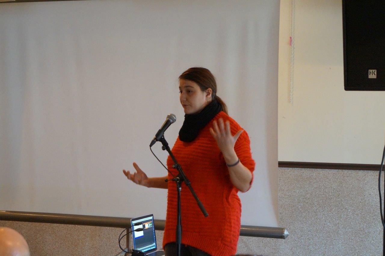 Catherine Kamaroudis parle de son travail au sein de la compagnie de théâtre Les idées en l'air. Cette jeune compagnie a participé au festival d'Avignon.