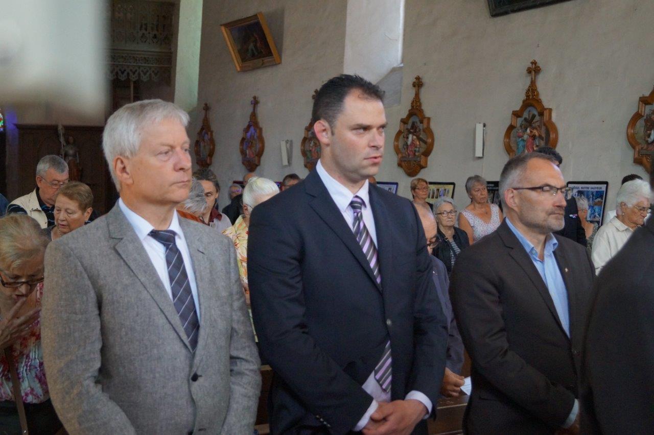 De gauche à droite : Eric Assier, maire de Condé-en-Brie, Jordane Beauchard, maire de Celles-lès-Condé, et Dominique Moyse, conseiller régional Hauts-de-France.