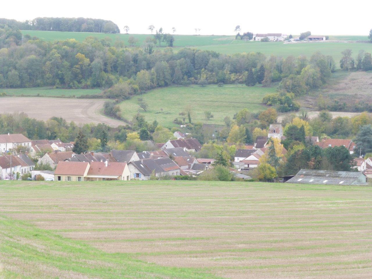 Baulne-en-Brie est le chef-lieu de la commune nouvelle Vallées-en-Champagne qui comprend également les communes déléguées de La Chapelle-Monthodon et Saint-Agnan.