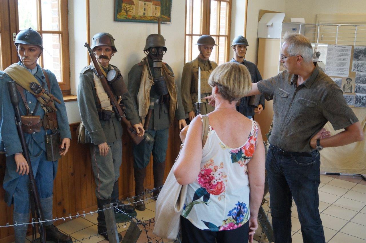 Philippe Henry présente une superbe collection de soldats de la Grande Guerre...