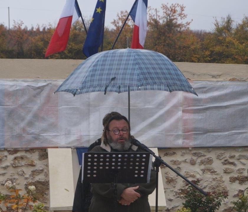 et la lecture de lettres de poilus par le conteur valcampanien Gérard Gille...