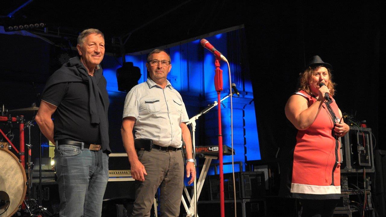 De gauche à droite : le député Jacques Krabal, Pierre Simon, maire de Verdilly et Céline Larose.