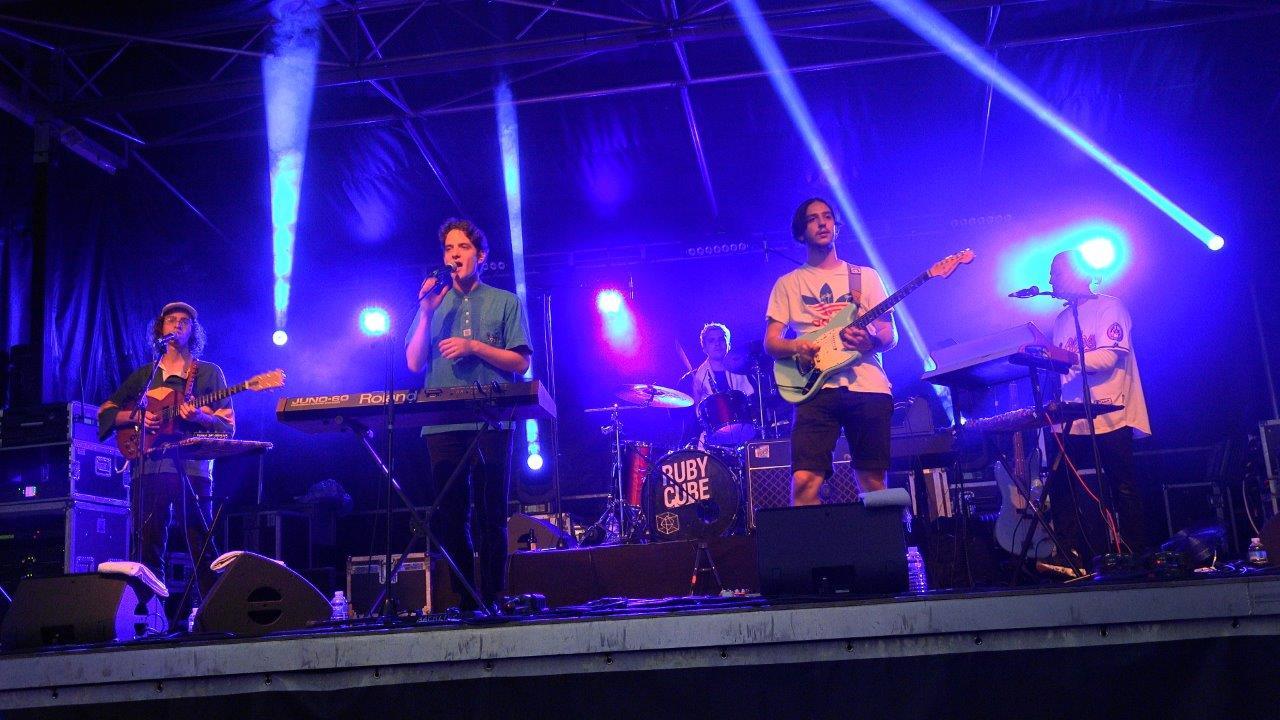 Le son électro pop du groupe Ruby Cube a ravi les spectateurs.