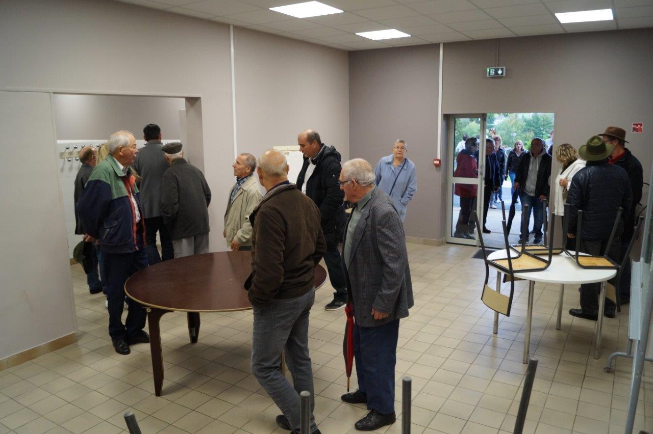 La salle de Gomer pourra accueillir de petits événements. Sa capacité est de 50 personnes.