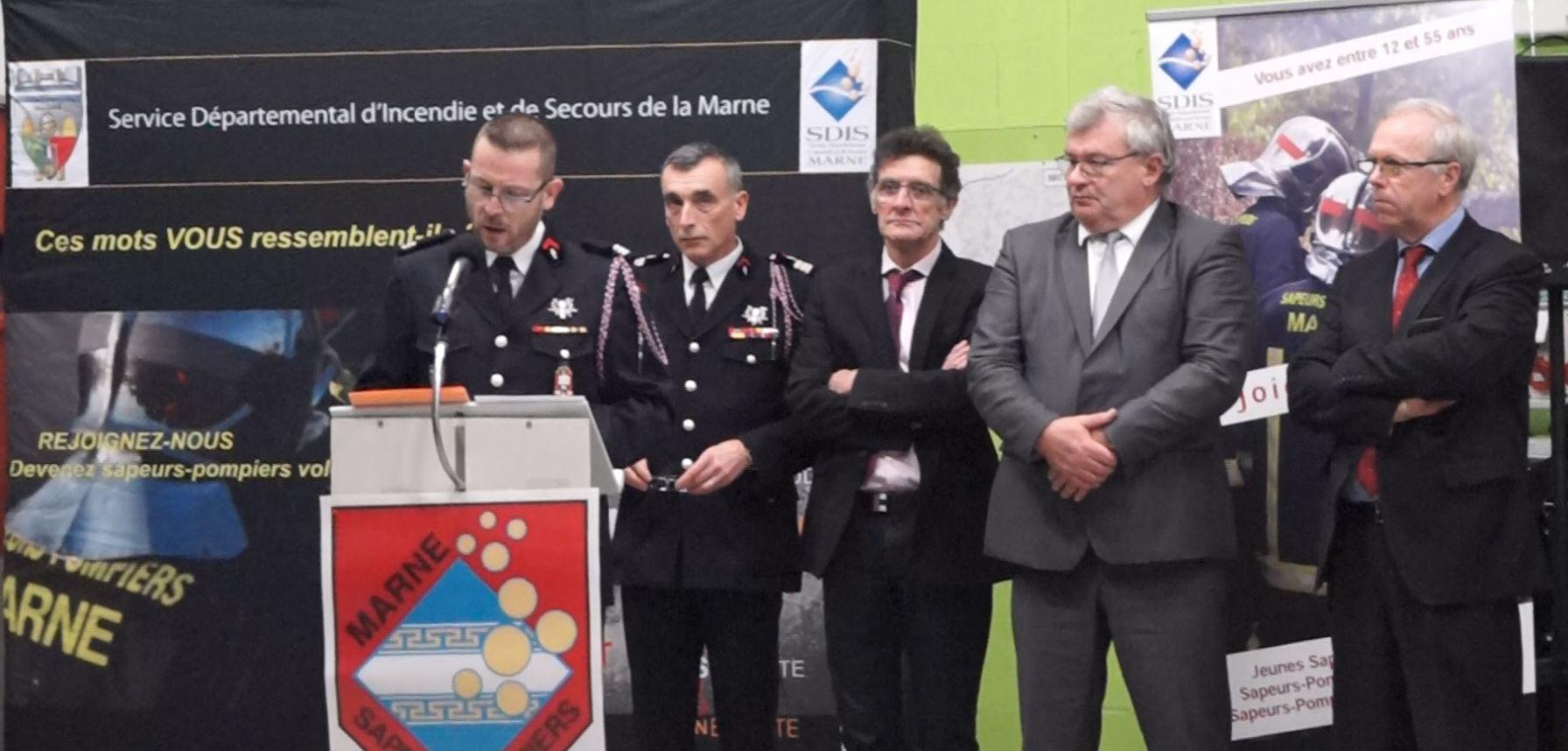 De gauche à droite : Pascal Briand accueille pour cette cérémonie, Jean-Marc Paris, Michel Courteaux, Christian Bruyen et Patrick Desautels.