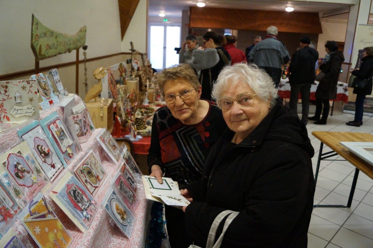 Le stand événementiel de la sud axonaise Henriette Diouy (à gauche) a cartonné.