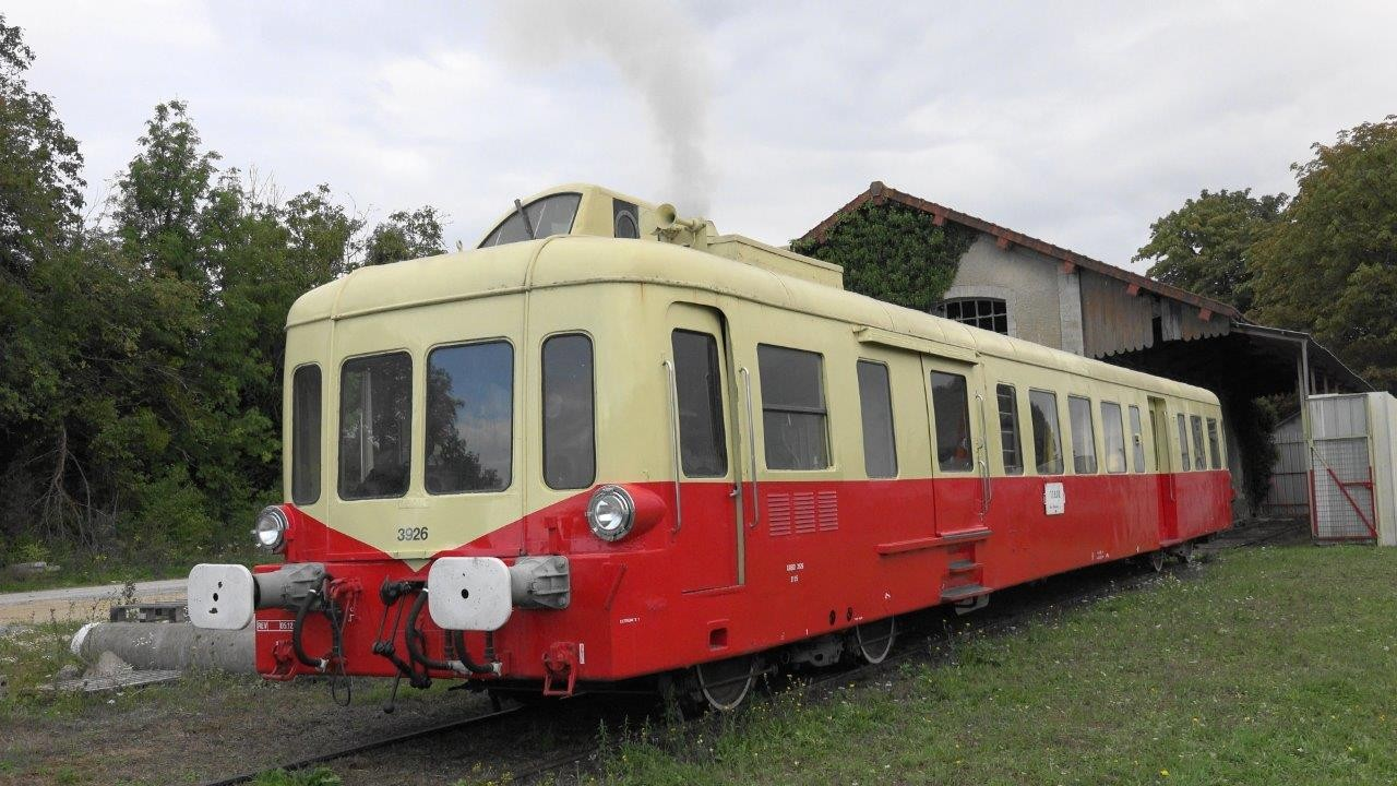 L'autorail Picasso appartenant à l'association TFBCO.