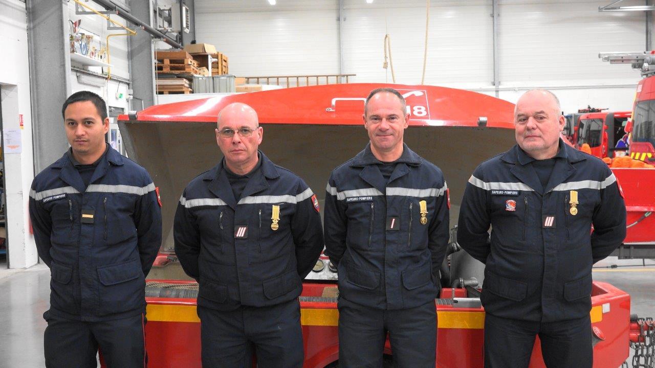 De gauche à droite, le promu et les médaillés : Hitimoe Sibille, Didier Tournant, Alain Brazier et José Ponche.