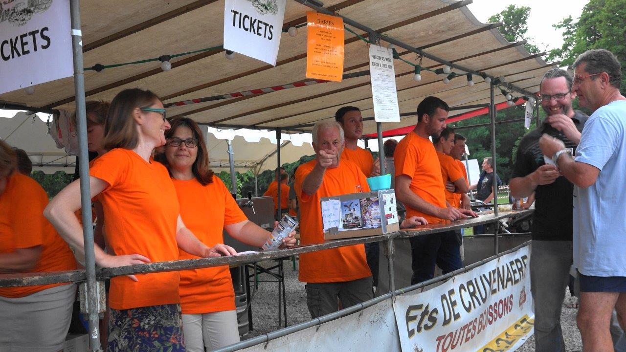 Après le Modem et Champagne et vous, les 3 comités des fêtes de Vallées-en-Champagne passent à leur tour à l'orange.