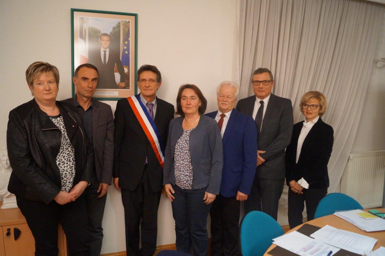 De gauche à droite : Isabelle Michelet, Frédéric Charpentier, Michel Courteaux, Véronique Bulliard, Gérard Goin, Jean-Luc Taratuta et Annie Galby.