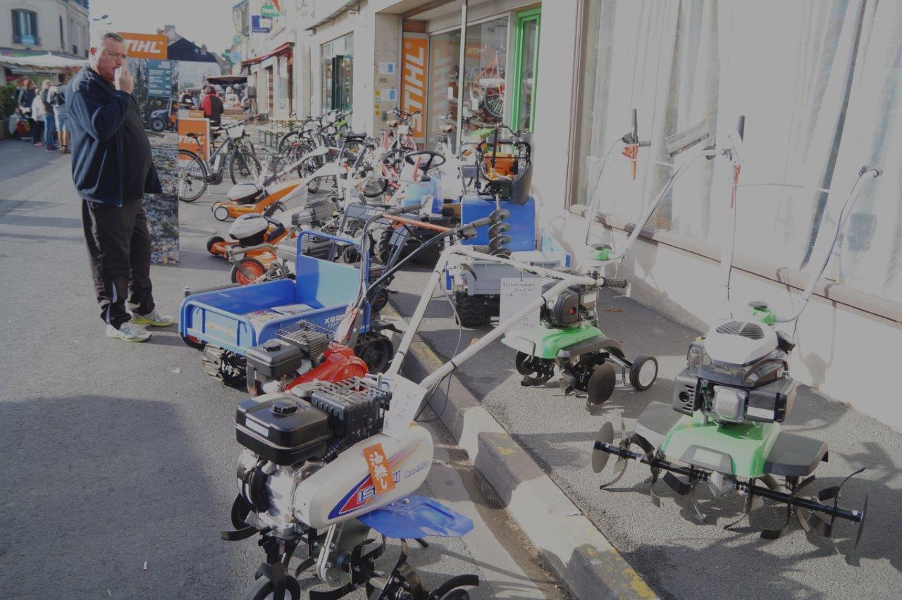 ... motoculture, occupent une place prépondérante sur la foire.
