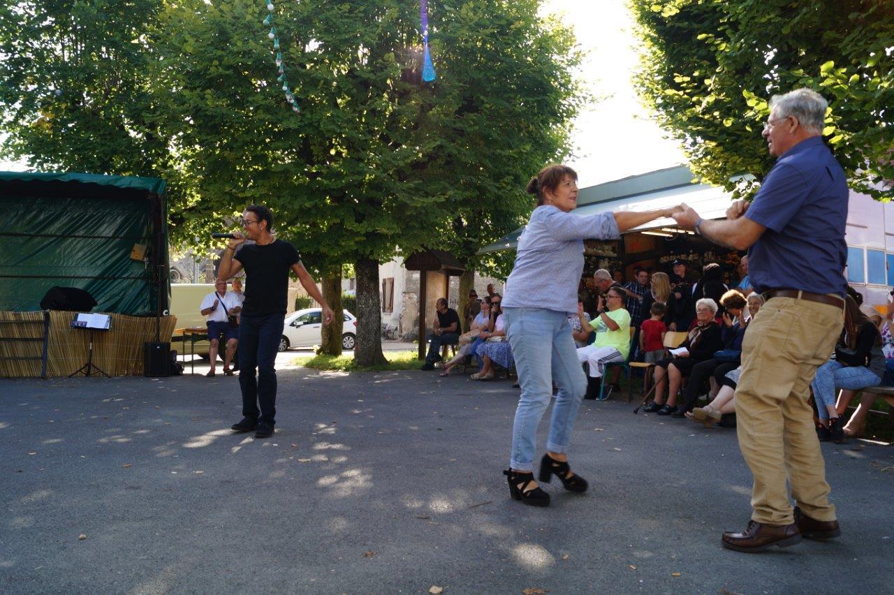 Avec Julien, le public de Connigis a eu la Rockn'roll Attitude !