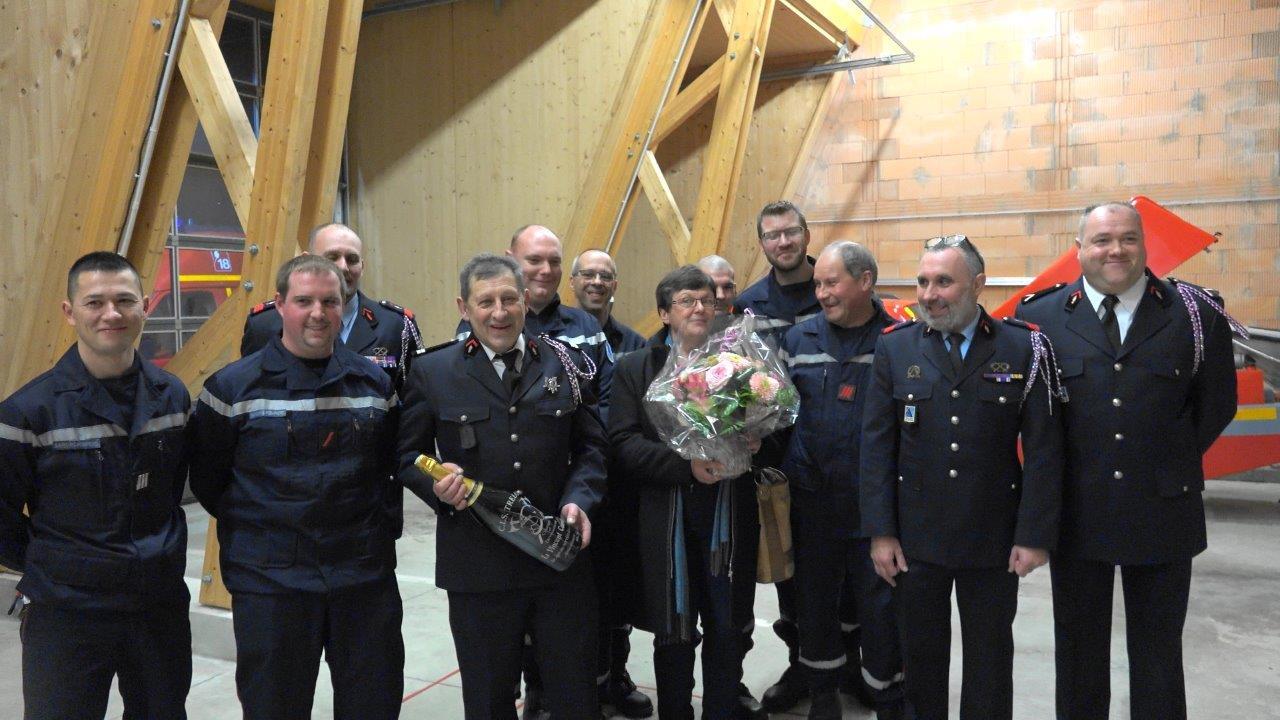 Vincent Couvent est devenu pompier à Trélou-sur-Marne en 1976. L'Amicale des sapeurs-pompiers lui a remis un modeste présent pour ses 40 ans de service...