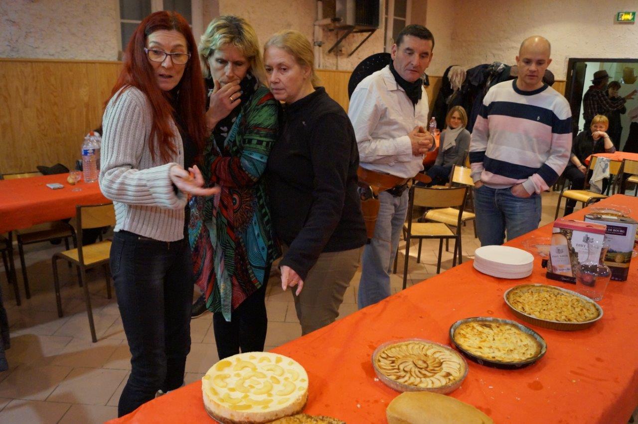 L'apple tie contest, le concours de tartes aux pommes in french, a remporté un vif succès !
