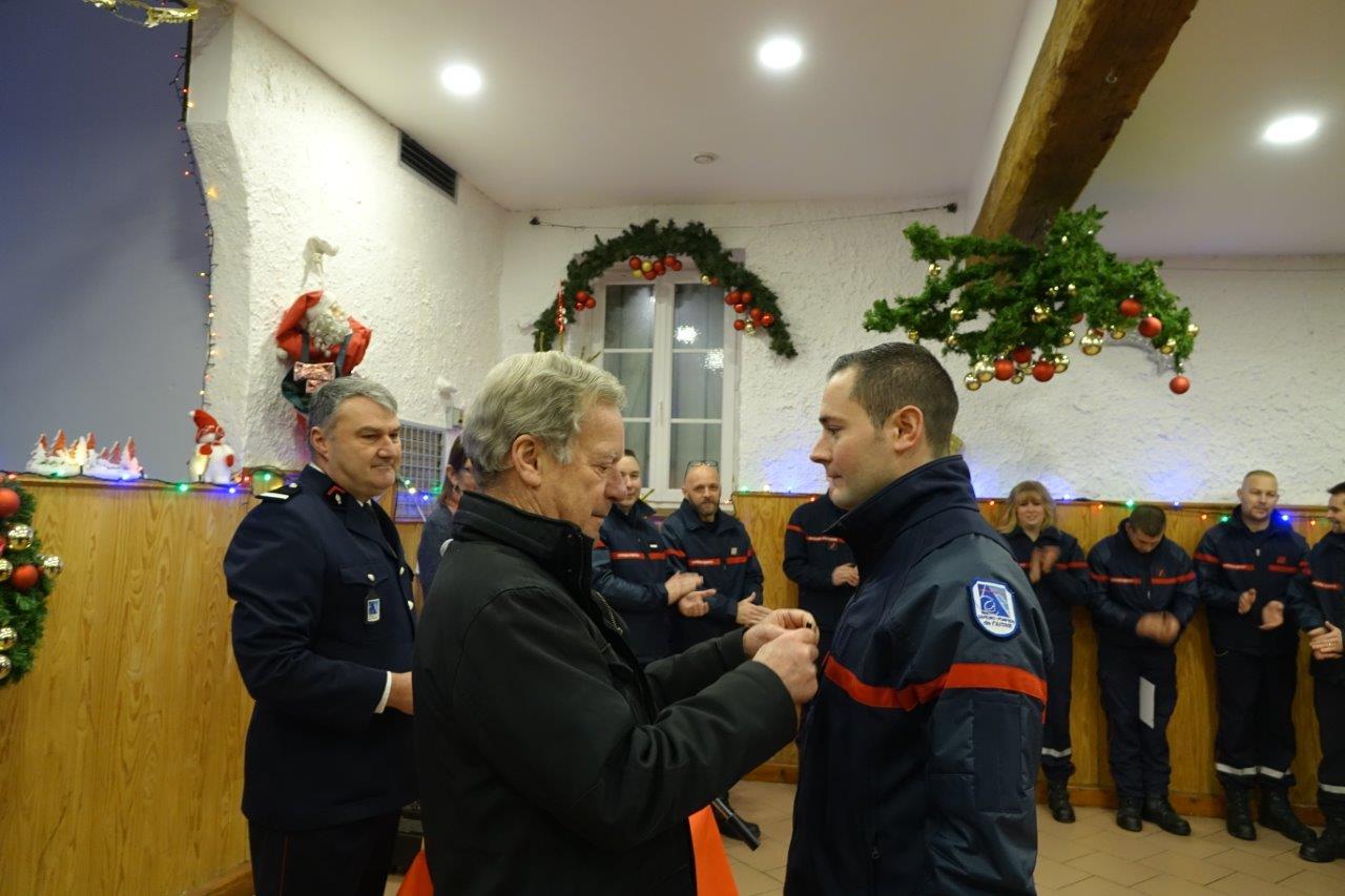 Le sapeur Nicolas Pipeau est nommé sergent-chef...