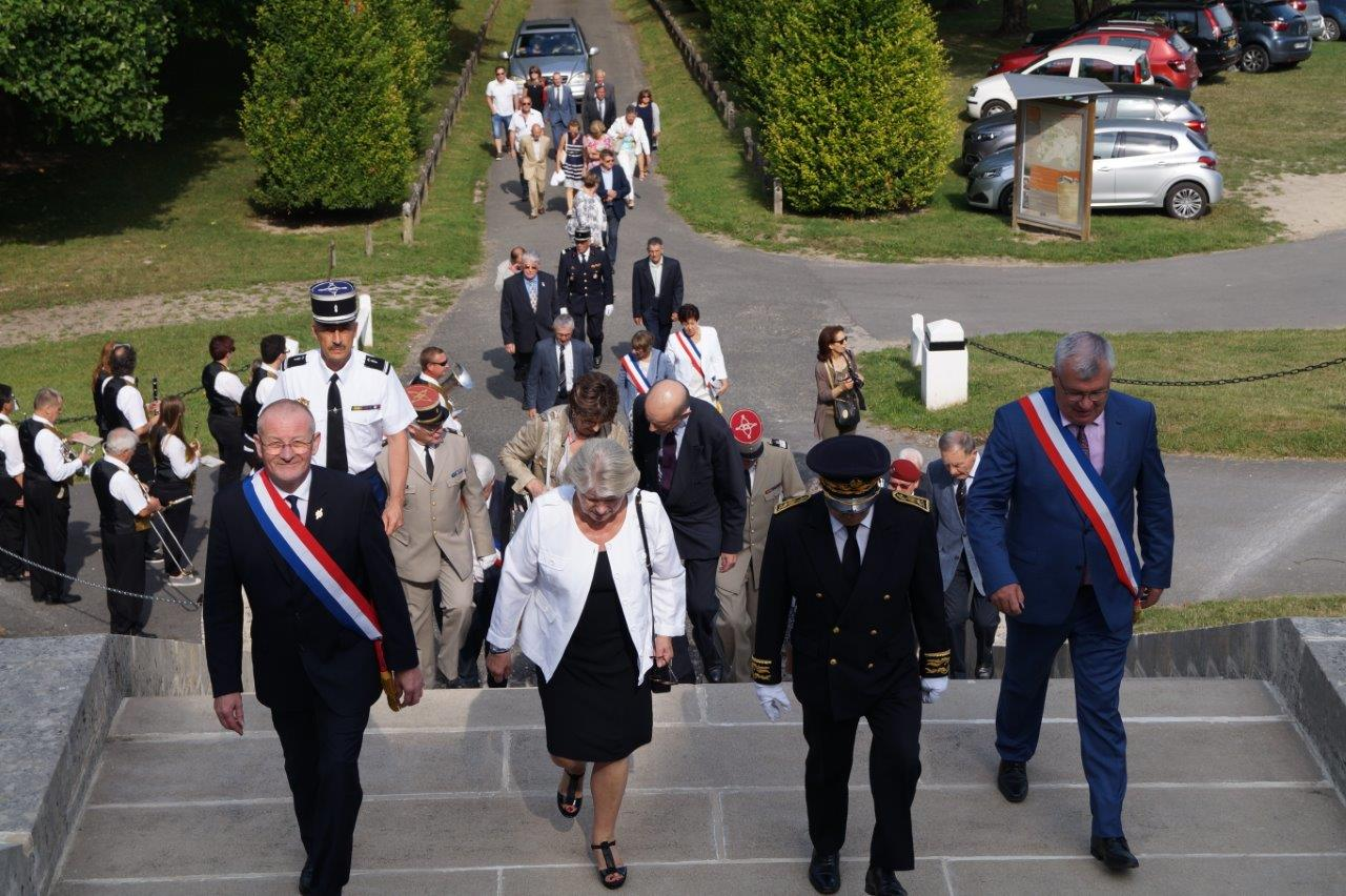 De gauche à droite : Eric Girardin, Françoise Férat, sénatrice de la Marne, Denis Conus et Christian Bruyen, maire de Dormans.