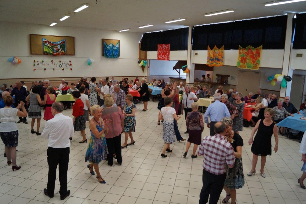 L'association SLC a su encore créer l'évènement en organisant ce thé dansant.