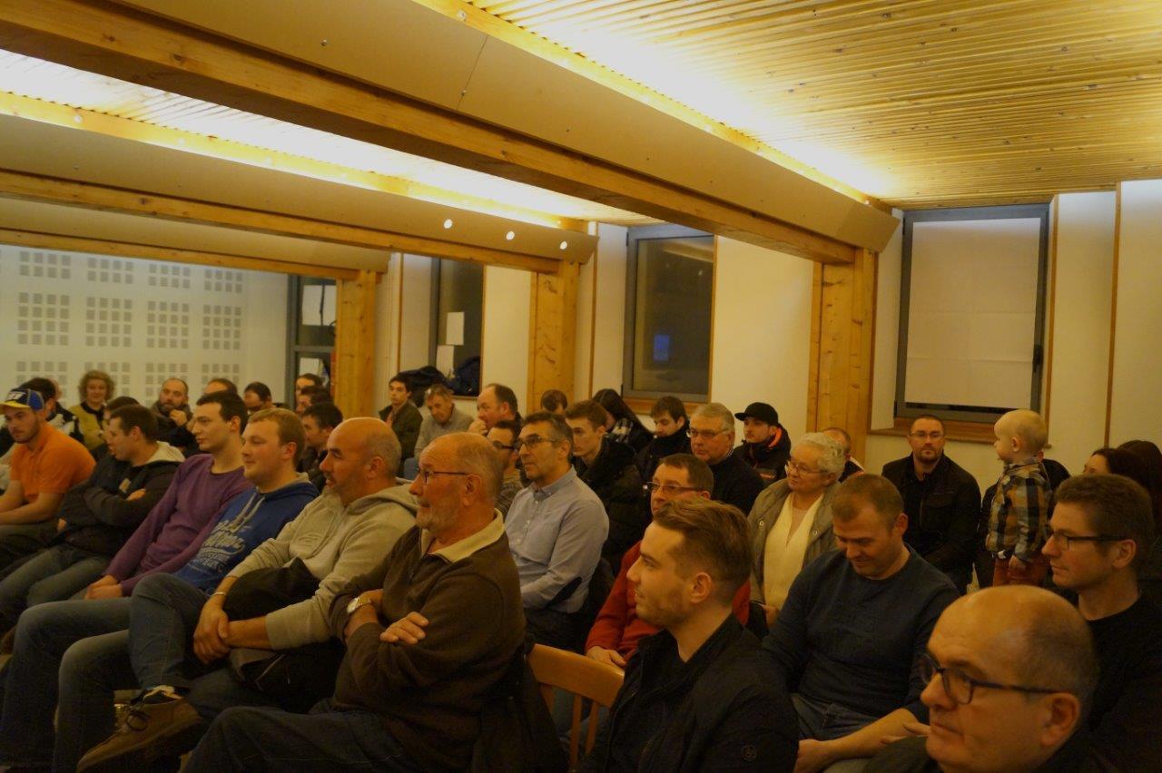 Les adhérents du TCMV ont investi la salle des Mariages lors de l'assemblée générale du club.