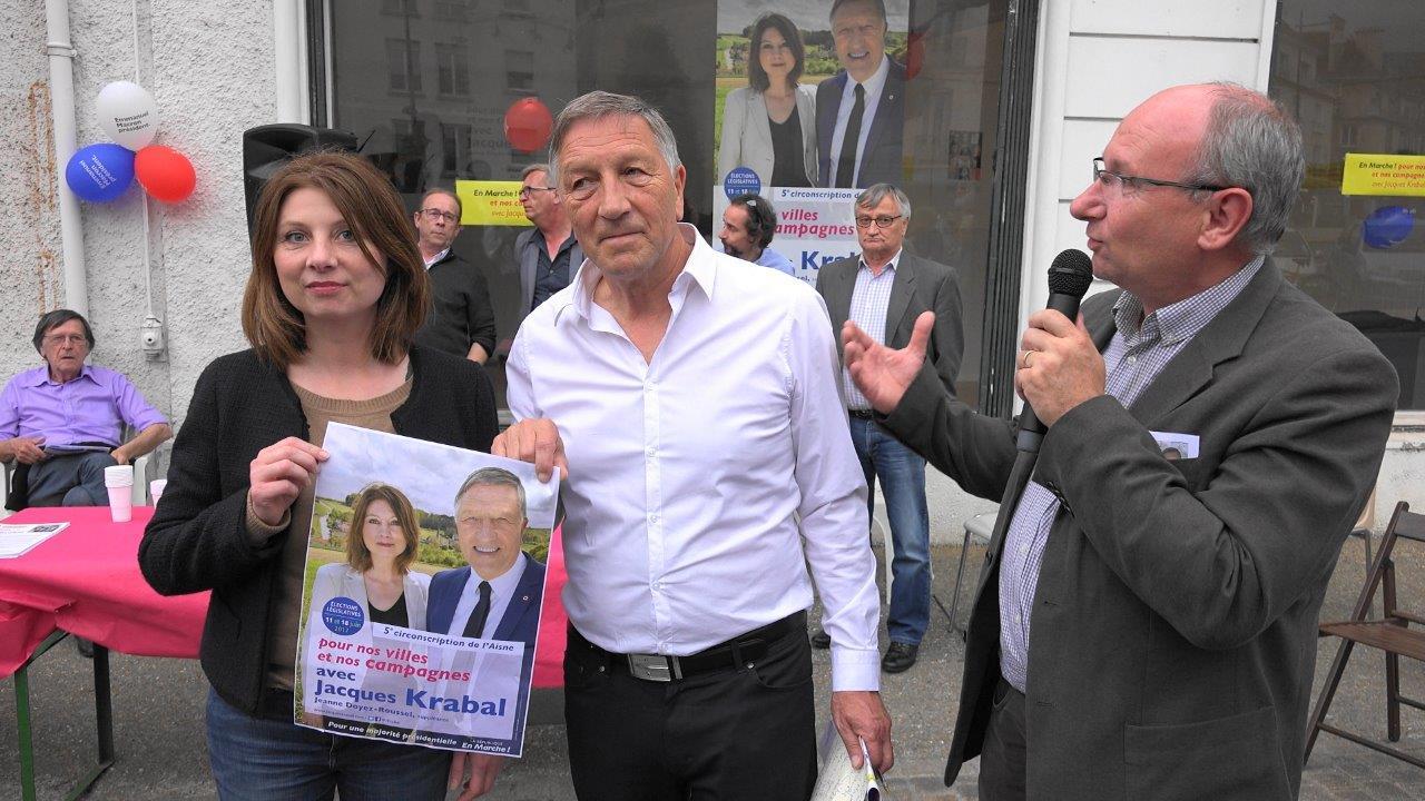 A droite : Etienne Haÿ, président de la Communauté d'Agglomération de la Région de Château-Thierry, soutient lui aussi Jacques Krabal...