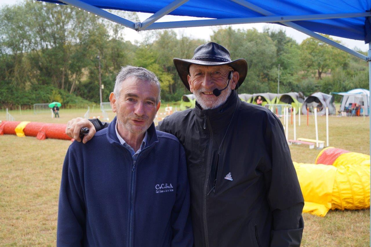 De gauche à droite : Christian Roux, président du Club Canin du Sud de l'Aisne et Jean-Luc Ricoux.