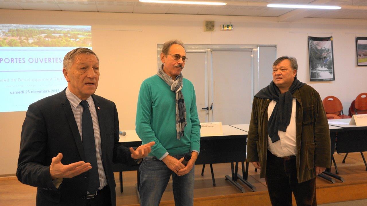 De gauche à droite : Jacques Krabal, Alain Aubertel et Philippe Nguyen.