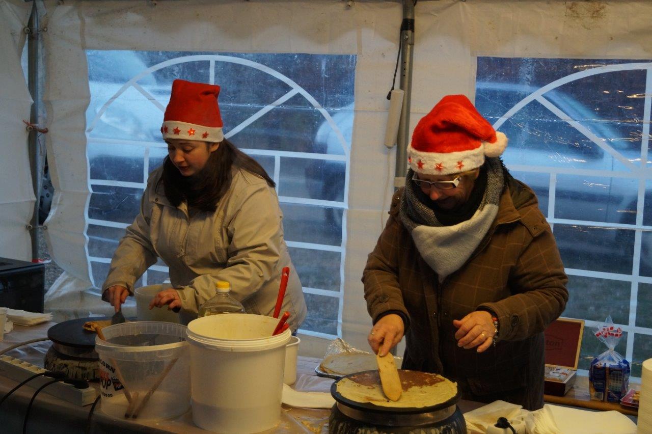 Les crêpes concoctées par les adhérents du comité des fêtes condéen ont rencontré un beau succès.