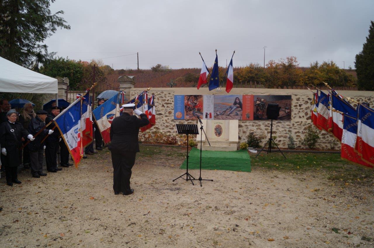 Le monument aux morts de Saint-Agnan interpelle désormais les mémoires.