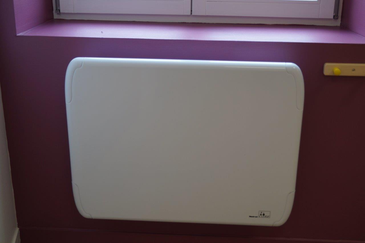 Le dispositif assurant le chauffage de la micro-crèche répond à la norme Petite enfance.
