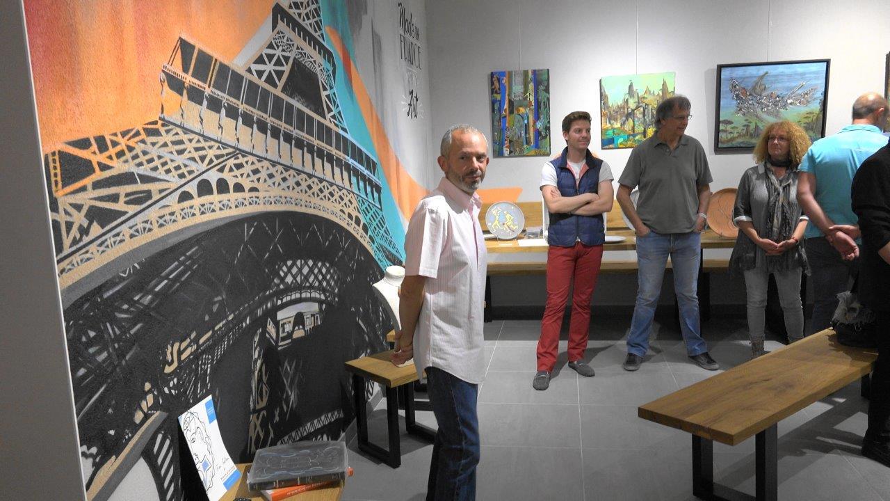 Si Anna porte l'Art à la maison, Franck Météyer porte, lui, le champagne !