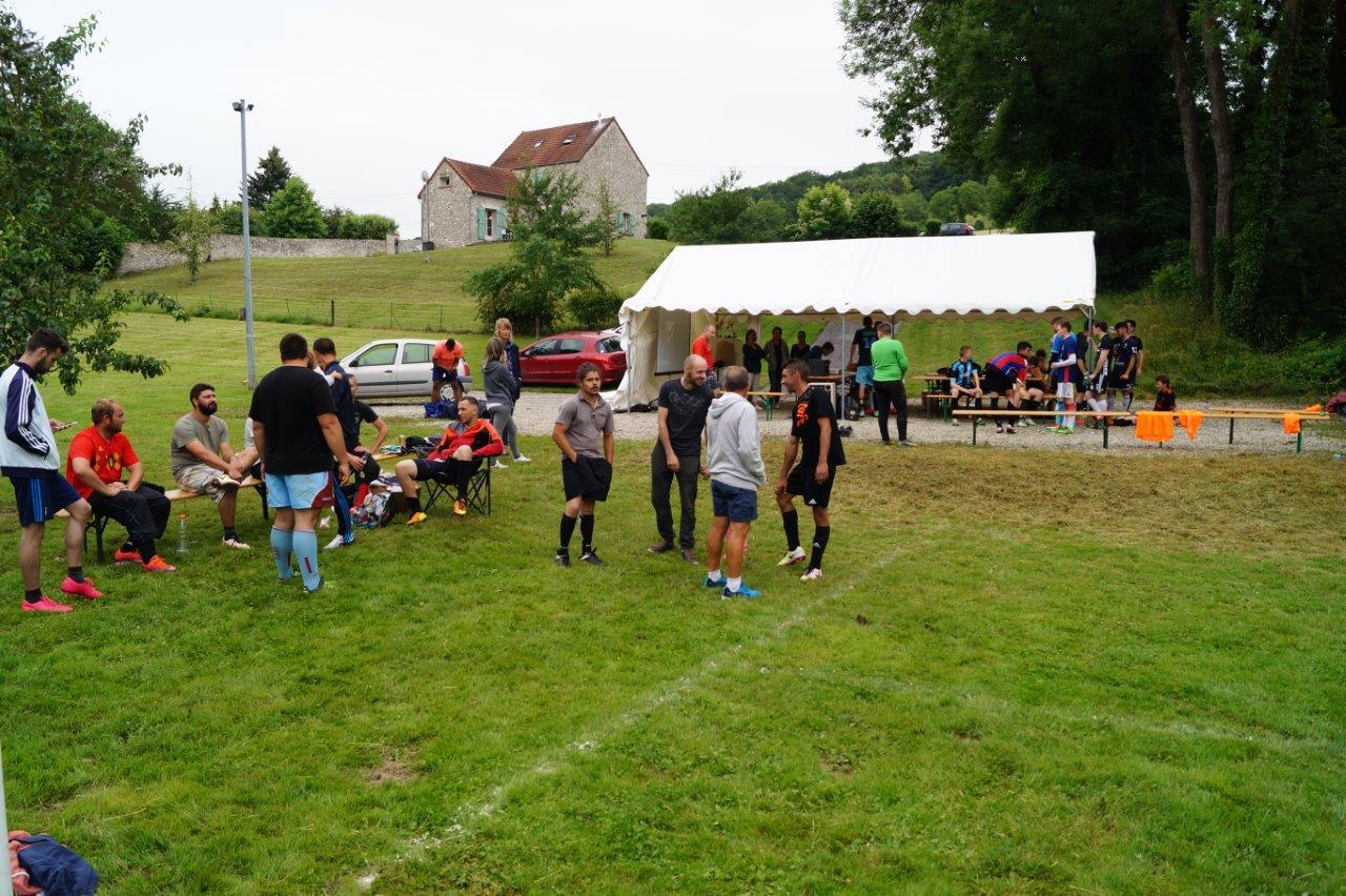 A Baulne-en-Brie, le tournoi de football à 7 s'est déroulé sur le stade rénové de la route de Le Breuil.