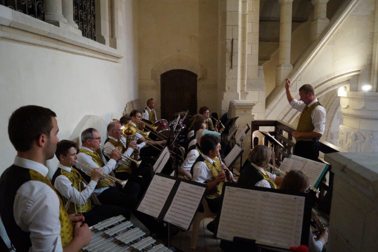 La Musique de Dormans a assuré la partie musicale pendant la Messe du Centenaire...