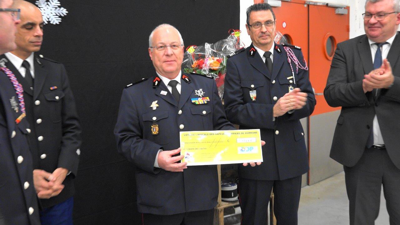 Né à Saint-Quentin dans le département de l'Aisne, le capitaine Hubert Degrémont est le président de l'Union départementale des sapeurs-pompiers de la Marne.