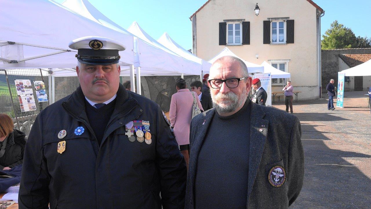 De gauche à droite : Christophe Delannoy, Jean-Marc Debrus-Ridet, délégué Picardie de l'association Les Oublié-e-s de la Mémoire.