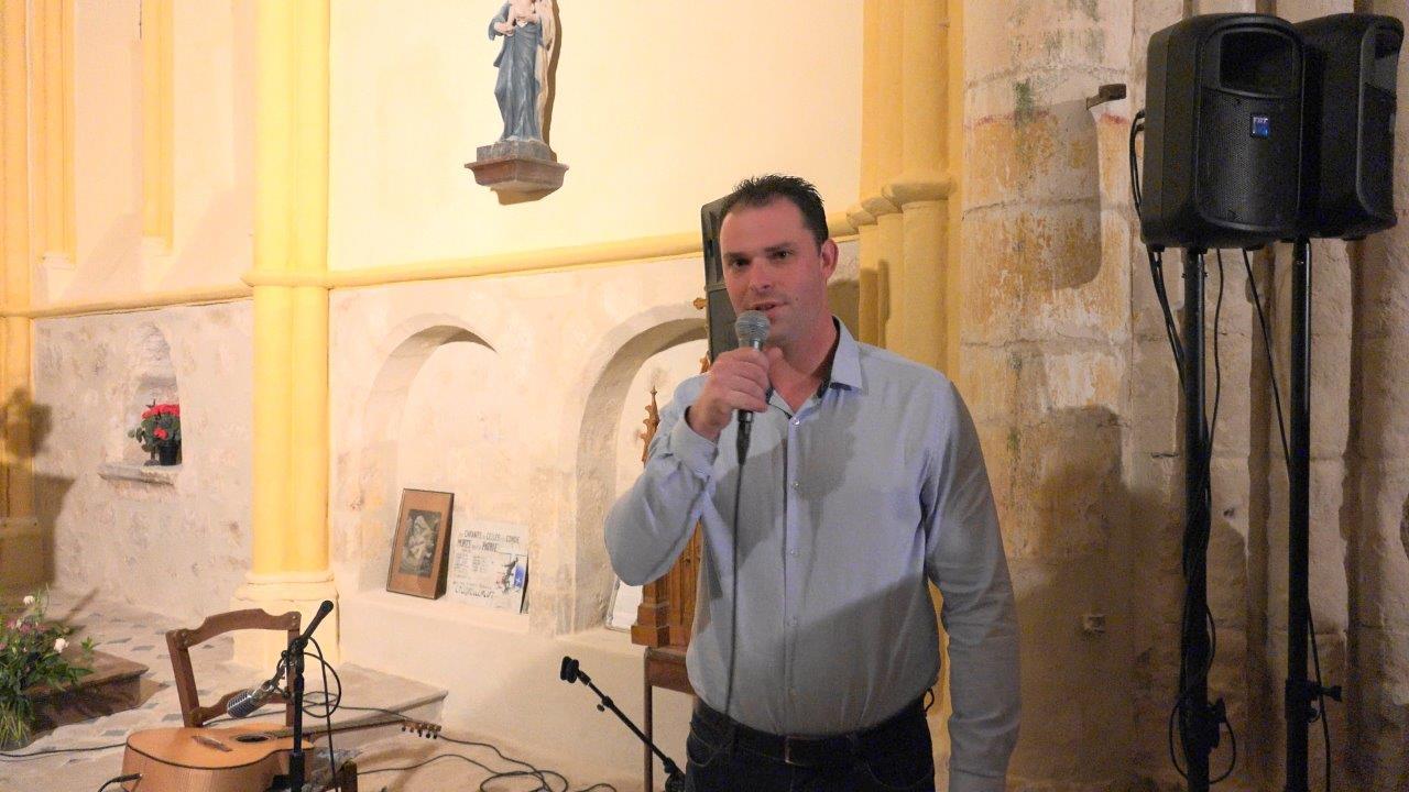 Jordane Beauchard, le maire de Celles-lès-Condé, signe déjà pour une prochaine édition du festival dans son village.