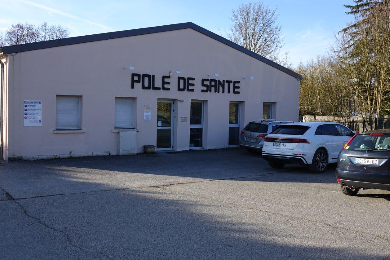 Le pôle de santé de Condé-en-Brie est piloté par la Communauté d'Agglomération de la région de Château-Thierry.