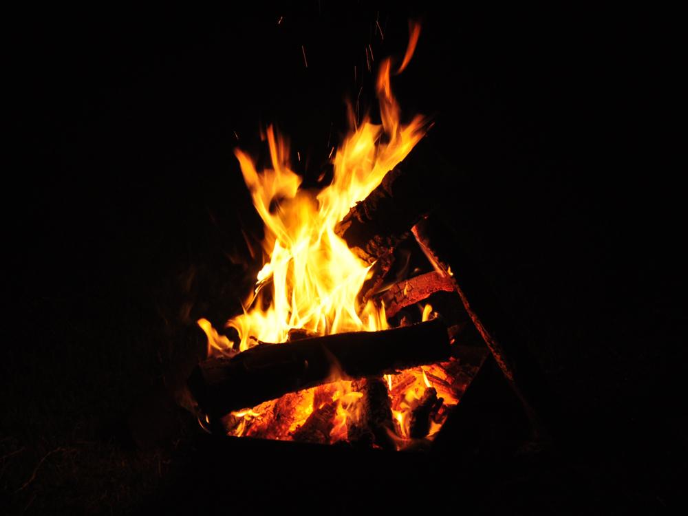 Johannisfeuer zum stimmungsvollen Abschluss des Abends
