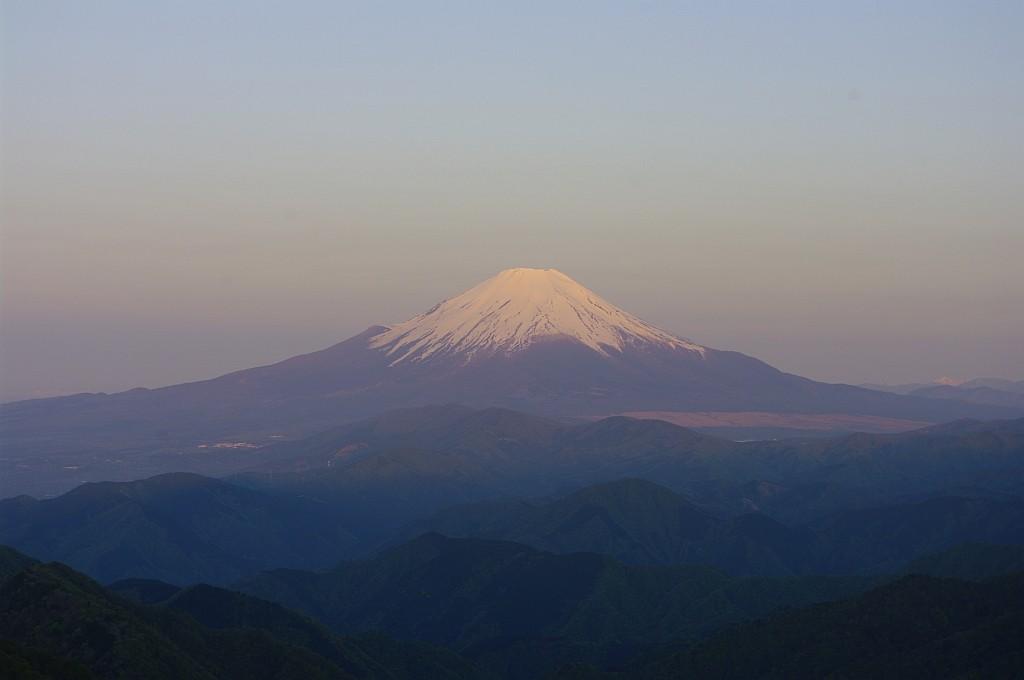 日本の山、という感じですなぁ。