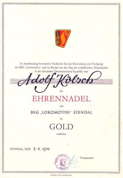 """Ehrennadel der BSG """" Lokomotive """" Stendal in Gold 03.08.1971"""